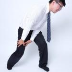スーツのズボンが汚れる人