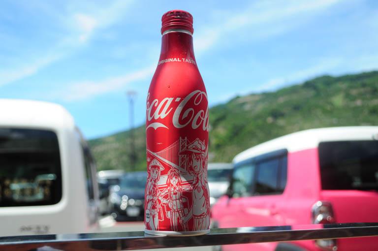 八幡浜みなっとで見つけた「おへんろ。」のコカ・コーラのスリムボトルのデザイン